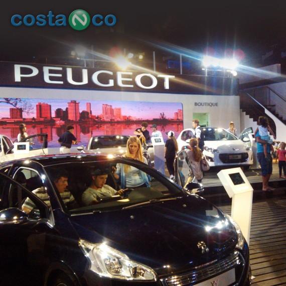 Peugeot . Stand Temporada Verano