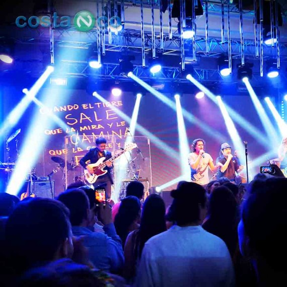 Evento Corporativo con Show en Vivo de Carlos Vives